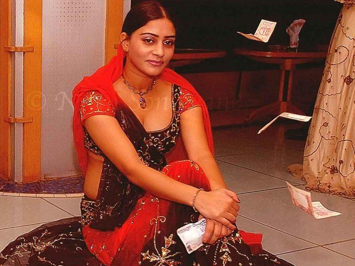 Bar Dancer Simran